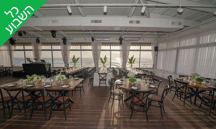 7 ארוחת שיפודים זוגית במסעדת קאזה ביץ', טיילת בת ים