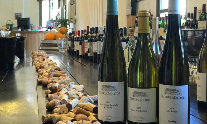 5 סדנאות יין בבית 'איש הענבים' יפו