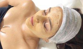 טיפולי פנים בקליניקת מגע הטבע
