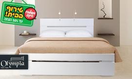 מיטת עץ ברוחב וחצי עם מזרן