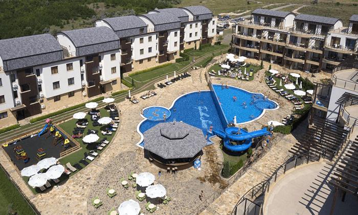 11 קיץ בכפר נופש הכול כלול למשפחות בבולגריה - כולל פארק מים