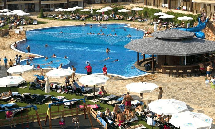12 קיץ בכפר נופש הכול כלול למשפחות בבולגריה - כולל פארק מים