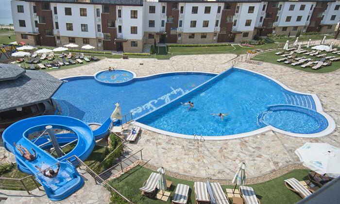 15 קיץ בכפר נופש הכול כלול למשפחות בבולגריה - כולל פארק מים