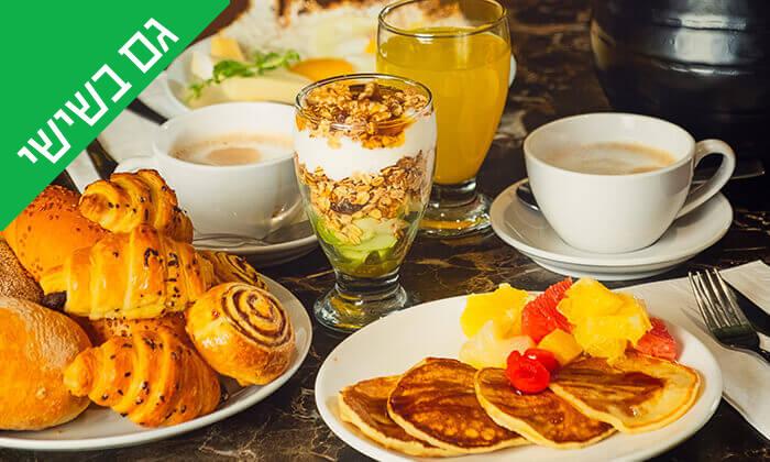 3 ארוחות בוקר בופה במלון הבוטיק וילה אירופה, טבריה