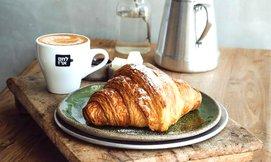 קפה גדול ומאפה אישי בלחם ארז