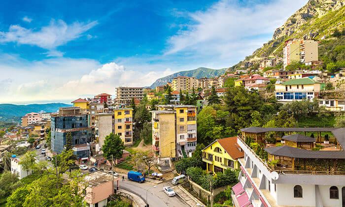 3 קיץ 5 כוכבים באלבניה, הריביירה האדריאטית