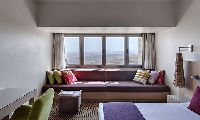 6 מלון רמת רחל מול הנופים של הרי יהודה, כולל 2 טיפולי ספא ופינוקים