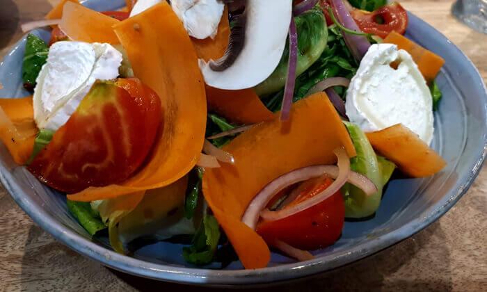4 ארוחת בוקר זוגית ב-zizo cafe דרך שלמה תל אביב