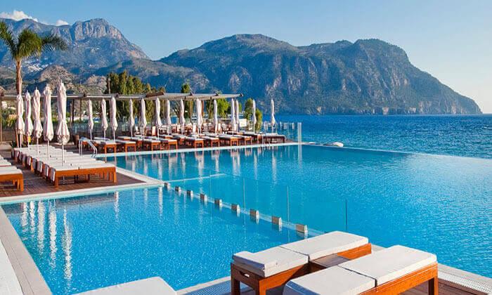 """2 מקדימים להזמין - חופשת קיץ באי היווני קרפאטוס, כולל סופ""""ש"""