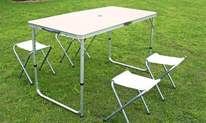 4 שולחן פיקניק מתקפל עם כיסאות