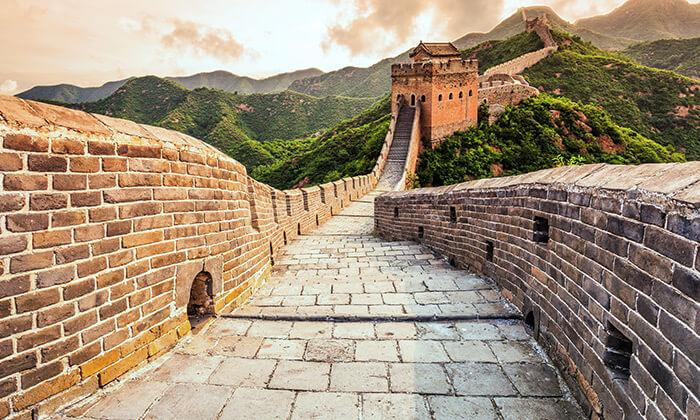 8 החומה הסינית, גשר הזכוכית המפורסם, הרי לאנג יה ועוד - טיול מאורגן לסין