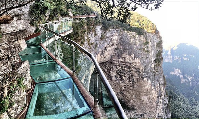 2 החומה הסינית, גשר הזכוכית המפורסם, הרי לאנג יה ועוד - טיול מאורגן לסין