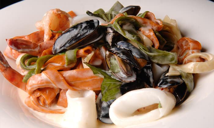 3 ארוחה זוגית בדרבי בר דגים, מרינה הרצליה