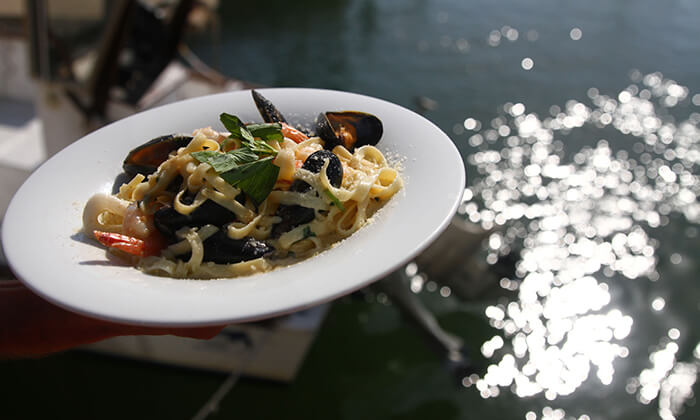 4 ארוחה זוגית בדרבי בר דגים, מרינה הרצליה