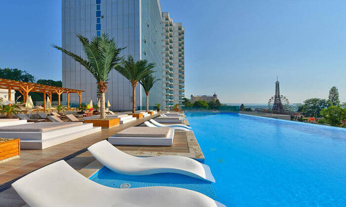 """2 אוגוסט-ספטמבר בוורנה - שופינג, קזינו ומלון 5* International, כולל סופ""""ש"""