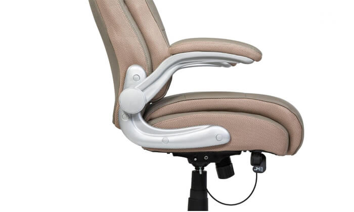 """4 ד""""ר גב: כסא מנהלים אורתופדי SHAPE"""
