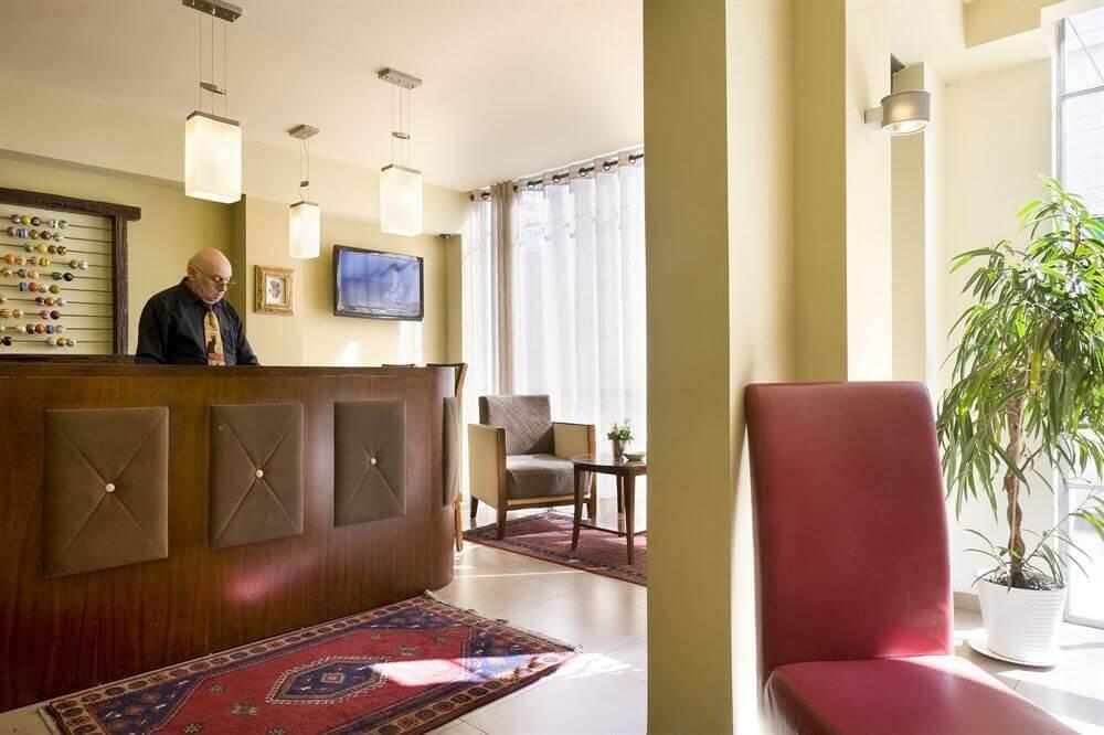 5 חופשה רומנטית במלון Satoriחיפה, כולל עיסוי זוגי