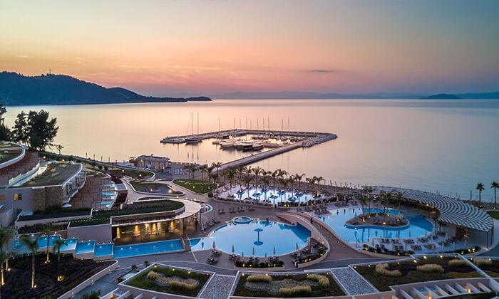 """7 קיץ 5 כוכבים באי היווני חלקידיקי, כולל סופ""""ש"""