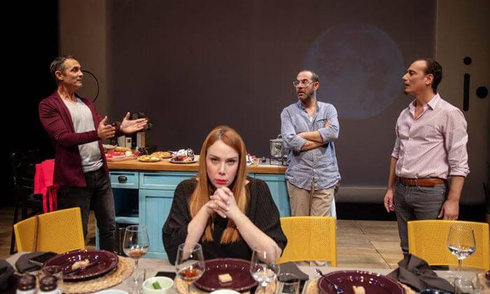3 זרים מושלמים - כרטיסים להצגה בתיאטרון הבימה, תל אביב