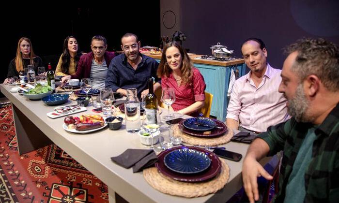 2 זרים מושלמים - כרטיסים להצגה בתיאטרון הבימה, תל אביב