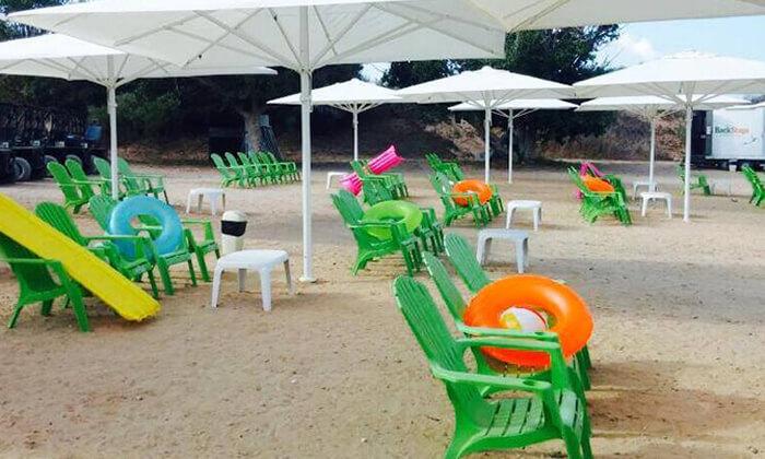 7 אגם ניצנים - כניסה למתחם עם אטרקציות לכל המשפחה