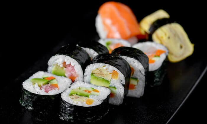 3 ארוחת סושי בסושיה - הוד השרון