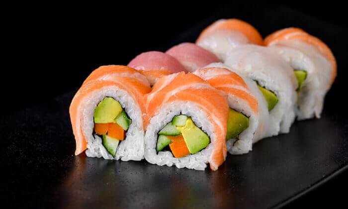 2 ארוחת סושי בסושיה - הוד השרון