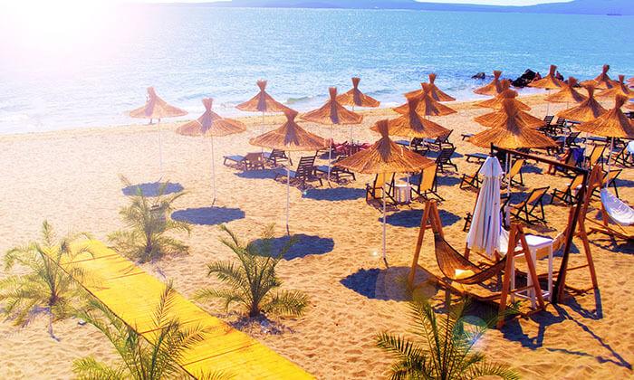 """6 קיץ בבורגס - מלון מומלץ עם קזינו על חוף הים בסאני ביץ', כולל סופ""""ש"""