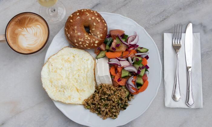 4 ארוחת בוקר במסעדת נולה, דיזנגוף תל אביב