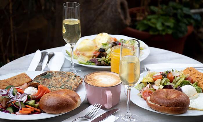 7 ארוחת בוקר במסעדת נולה, דיזנגוף תל אביב