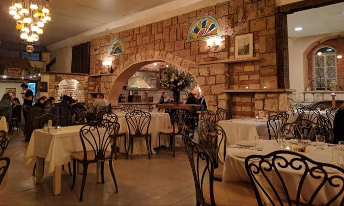 12 מסעדת מקום בלב רעננה - ארוחת בוקר או ערב