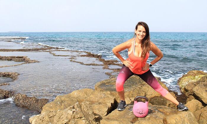 4 אימון אישי עם המאמנת גל שחם, סטודיו Strong Mama כפר שמריהו