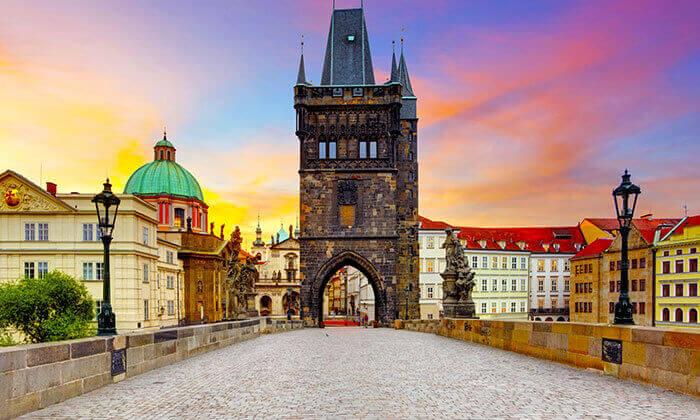 2 מקדימים להזמין: נובמבר-דצמבר בפראג, כולל סילבסטר