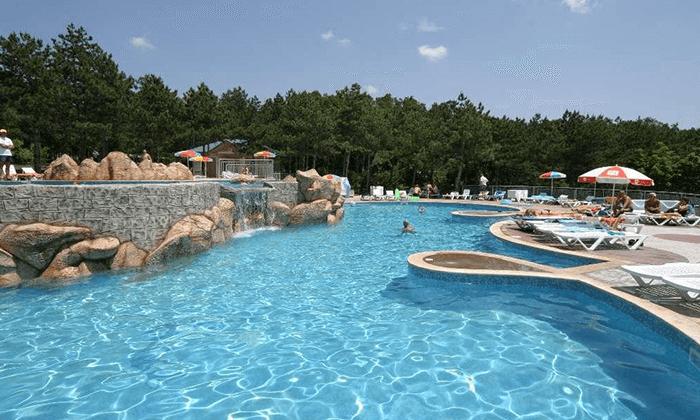10 יוני-אוגוסט הכול כלול באלבנה, בולגריה - כולל פארק מים סמוך למלון