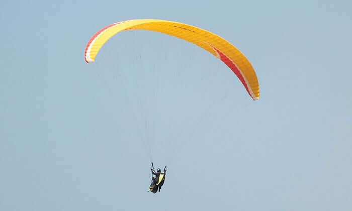 2 טיסת רחיפה עם RCP מצנחי רחיפה, שמורת הטבע שפיים