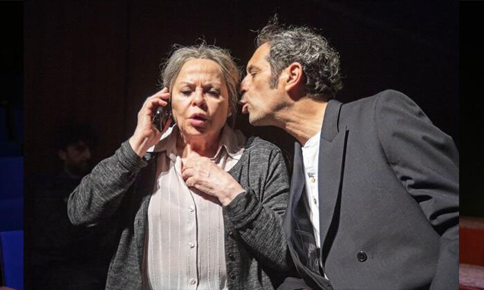 """4 כרטיס להצגה 'סיבת המוות אינה ידועה', תיאטרון הבימה ת""""א"""