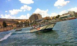 שייט בסירת סילון בעולם המים