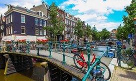 אפריל-יוני באמסטרדם