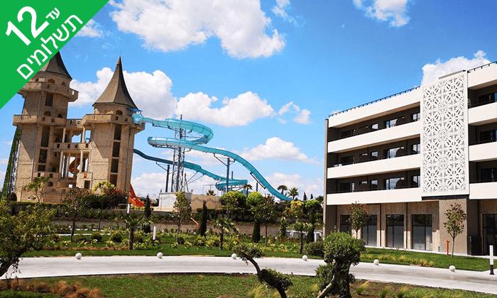 6 אוגוסט בבורגס - מלון הכול כלול מומלץ, כולל פארק מים
