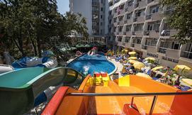 קיץ הכל כלול בוורנה + פארק מים
