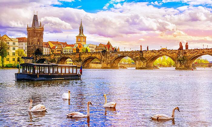 7 טיול יום מודרך בפראג - יציאה וחזרה מברלין