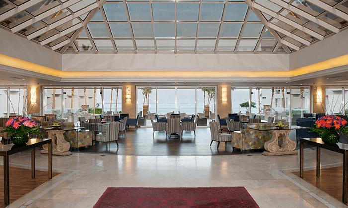 6 חופשה במלון אריאה (יו סוויטס לשעבר) 5 כוכבים באילת, כולל טיסות