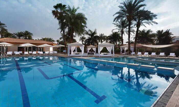8 מאי במלון אסטרל ויליג' אילת, כולל טיסות