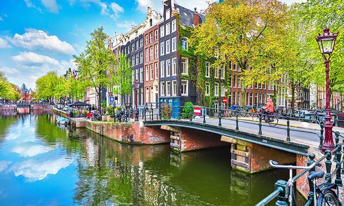 7 טיול ולילה באמסטרדם - יציאה וחזרה מברלין