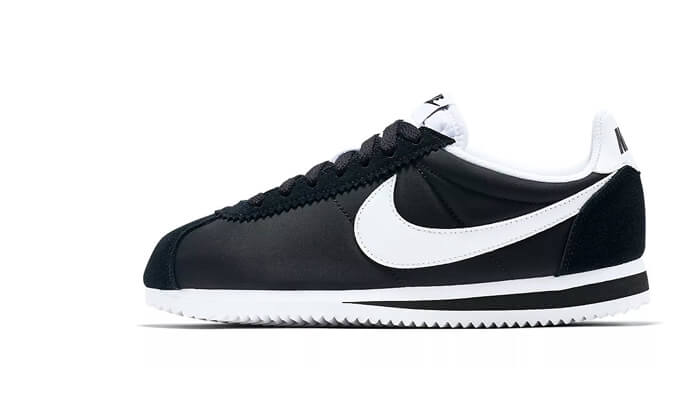 3 נעלי אופנה Nike