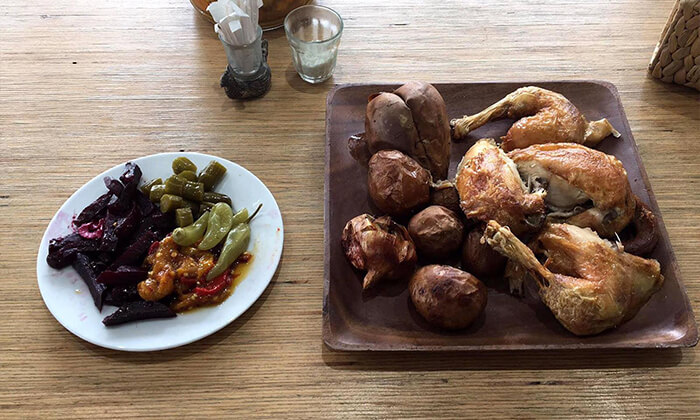 3 ארוחת צהריים אורגנית במשק מלמד, כפר הנגיד
