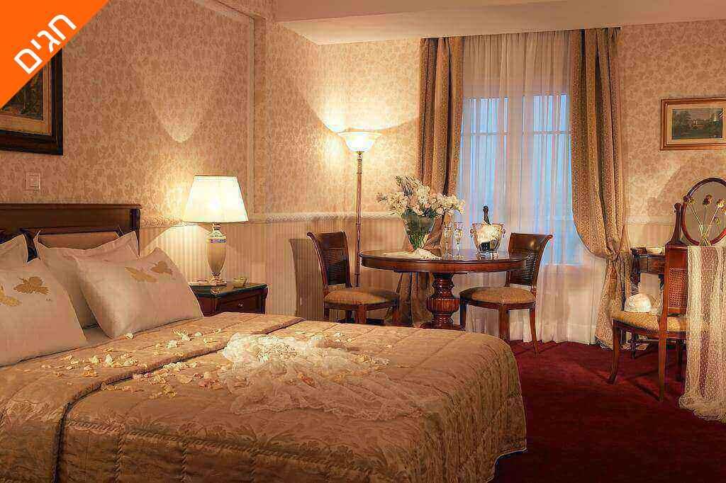 """6 חופשה בסלוניקי במלון 5 כוכבים מומלץ, כולל סופ""""ש ושבועות"""