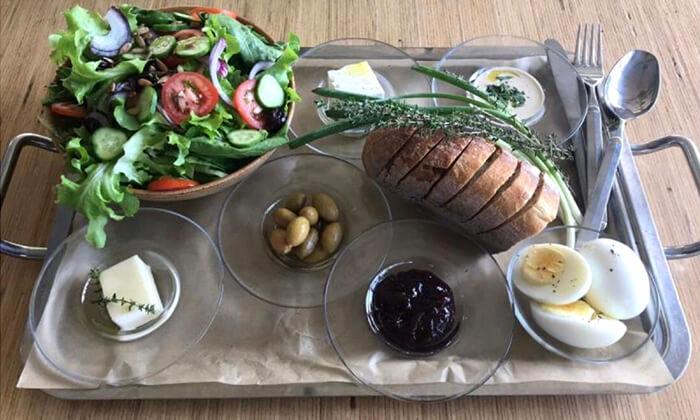 2 ארוחת בוקר אורגנית במשק מלמד, כפר הנגיד