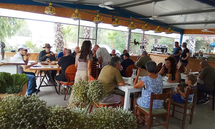 5 ארוחת בוקר אורגנית במשק מלמד, כפר הנגיד