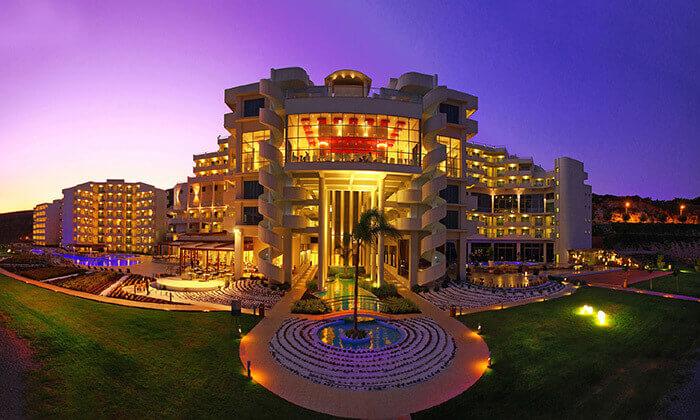 5 יוני ברודוס - מלון 5 כוכבים מומלץ על חוף הים